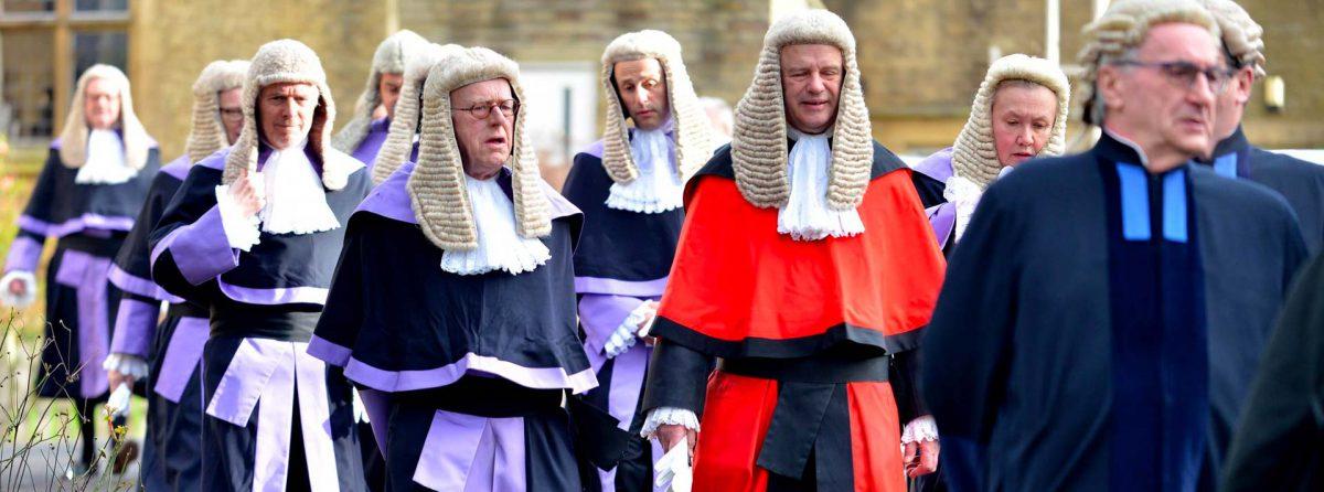 Английская правовая система может вынудить многих британских родителей искать суррогатных матерей за рубежом