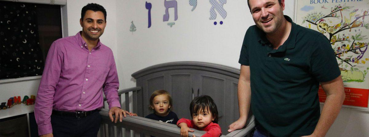 Госдеп США обжалует решение о предоставлении гражданства суррогатному ребенку однополой пары
